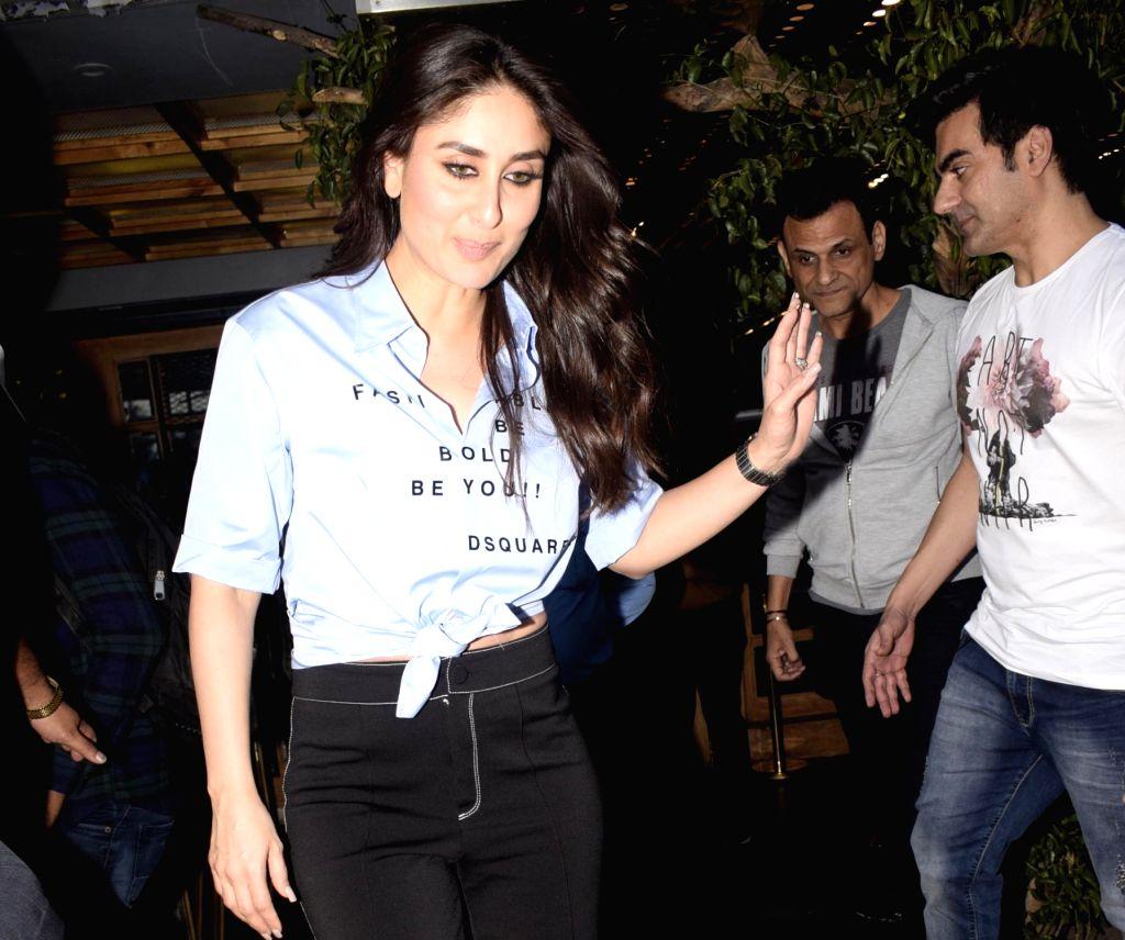 Actress Kareena Kapoor Khan seen at Juhu in Mumbai Feb. 1, 2019. - Kareena Kapoor Khan