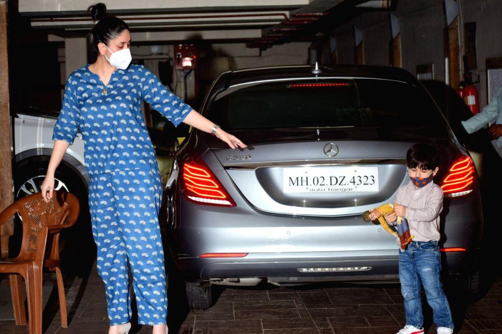 Actress Kareena Kapoor Khan spotted with her son Taimur, in Mumbai's Bandra on September 13, 2020. - Kareena Kapoor Khan