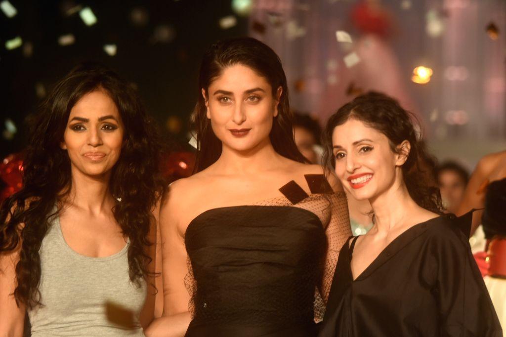 Actress Kareena Kapoor Khan walks the ramp for designers Nainika and Gauri at the Lakme Fashion Week Winter/Festive 2019 in Mumbai on Aug 25, 2019. - Kareena Kapoor Khan