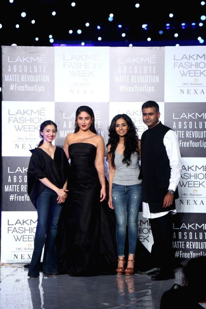 Actress Kareena Kapoor Khan with fashion designers Nainika and Gauri at the Lakme Fashion Week Winter/Festive 2019 in Mumbai on Aug 25, 2019. - Kareena Kapoor Khan