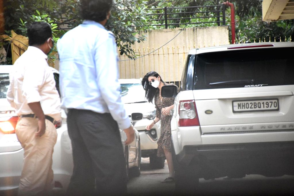 Actress Kareena Kapoor & son Taimur spotted at Karisma Kapoor's house in Mumbai's Bandra on July 29, 2020. - Kareena Kapoor and Karisma Kapoor