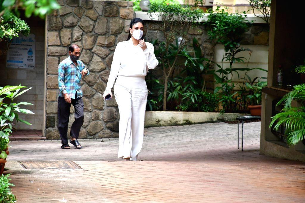 Actress Kareena Kapoor spotted in Mumbai's Bandra on September 20, 2020. - Kareena Kapoor