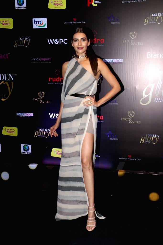Actress Karishma Tanna at red carpet of 'Golden Glory Awards 2019' in Mumbai on Sep 21, 2019. - Karishma Tanna