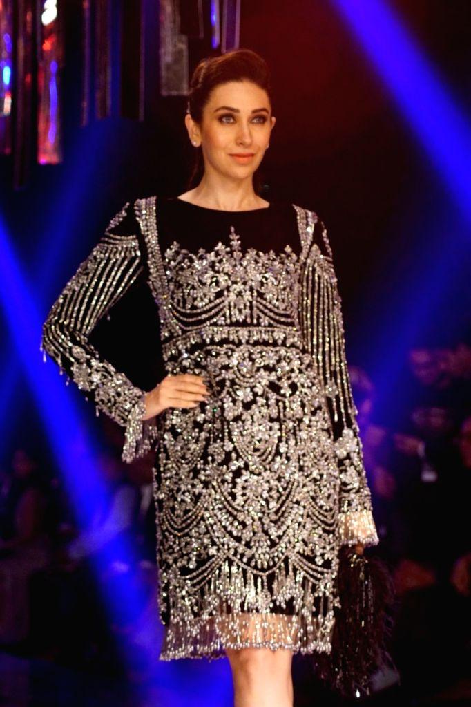 Actress Karisma Kapoor during the Lakme Fashion Week Winter/Festive 2017 in Mumbai on Aug 20, 2017. - Karisma Kapoor
