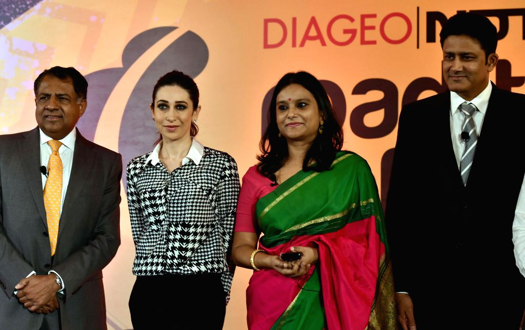 Actress Karisma Kapoor, former cricketer Anil Kumble and others at the launch of 'Road to Safety' - a nationwide campaign to make Indian roads safer in Bangalore, on Oct.9, 2014. - Karisma Kapoor