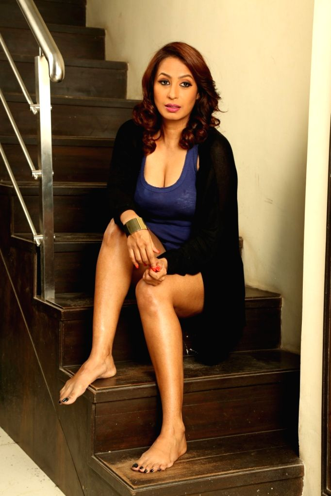 Actress Kashmera Shah during the photo shoot of the short film she has directed titled `Come Back To Me` in Mumbai on Sept 25, 2016. - Kashmera Shah
