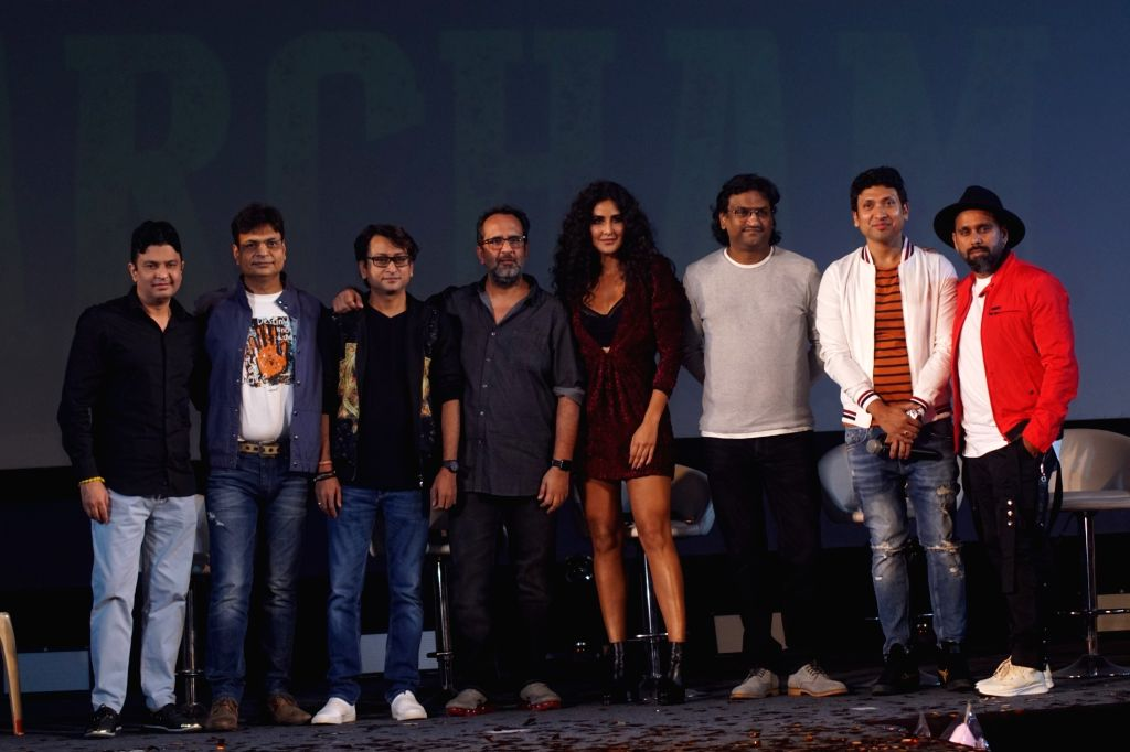 "Actress Katrina Kaif with filmmaker Anand L. Rai and others at the launch of ""Husn Parcham"", new song from upcoming film ""Zero"" in Mumbai on Dec 12, 2018. - Katrina Kaif and Anand L. Rai"