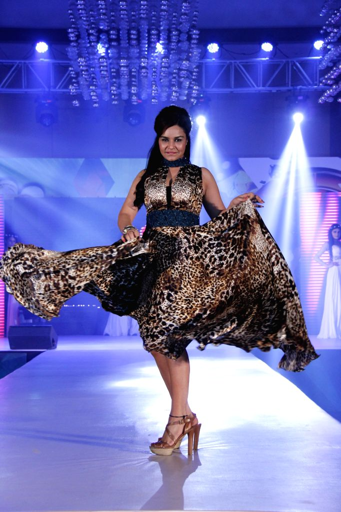 Actress Kavitta Verma during designer Manali Jagtap fashion show  in Mumbai on 24th March 2015. - Kavitta Verma