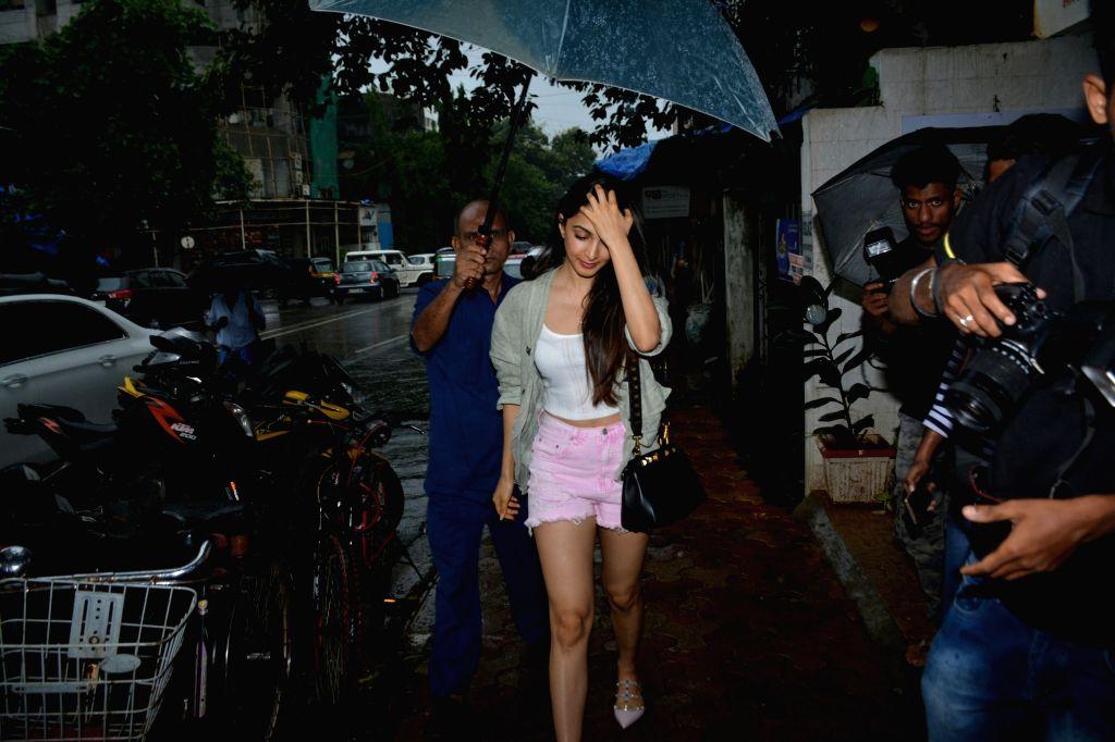 Actress Kiara Advani seen at Mumbai's Bandra on July 13, 2018. - Kiara Advani