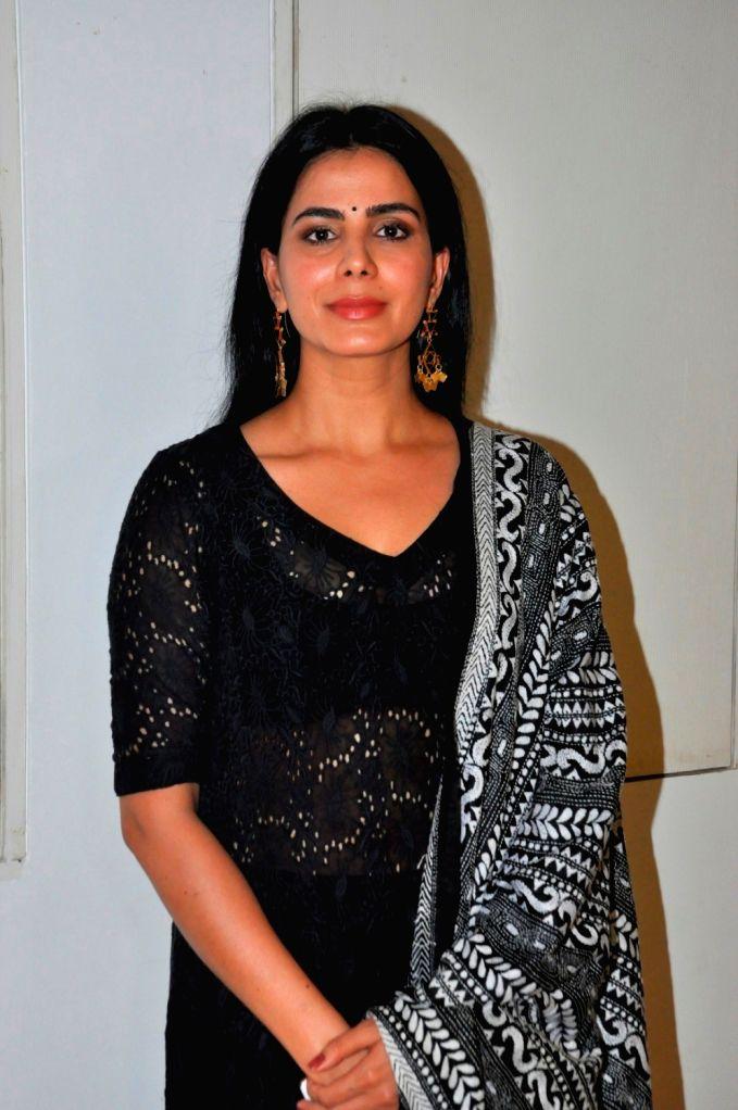 Actress Kirti Kulhari during the launch of Qawwali Chadhta Soorag from film Indu Sarkar, in Mumbai,on June 28, 2017. - Kirti Kulhari