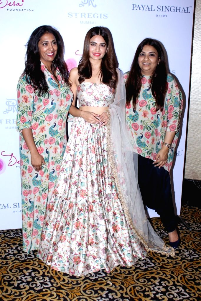 Actress Kriti Kharbanda along with Megha Desai, the president of the Desai Foundation and Desinger Payal Singhal at the preview of Payal Singhals Collection 2017 in Mumbai on Sept 01,2017. - Kriti Kharbanda and Megha Desai