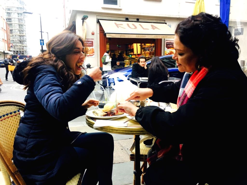 "Actress Kriti Kharbanda and Tanvi Azmi during shooting of the film ""Atithii"" in London. - Kriti Kharbanda"