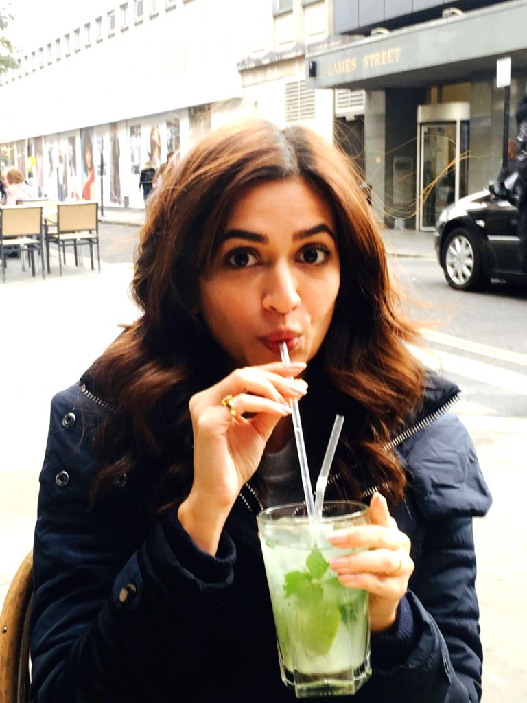 "Actress Kriti Kharbanda during shooting of the film ""Atithii"" in London. - Kriti Kharbanda"