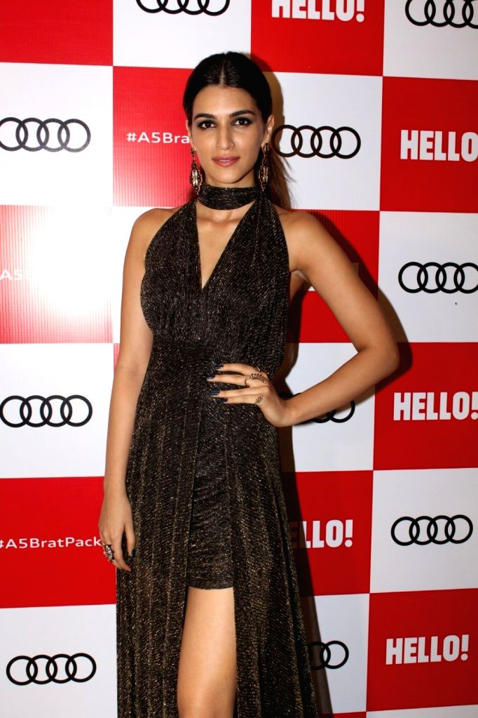 "Actress Kriti Sanon at red carpet of ""Luxury & Fashion As Hello! & Audi"" in Mumbai on Oct 5, 2017. - Kriti Sanon"