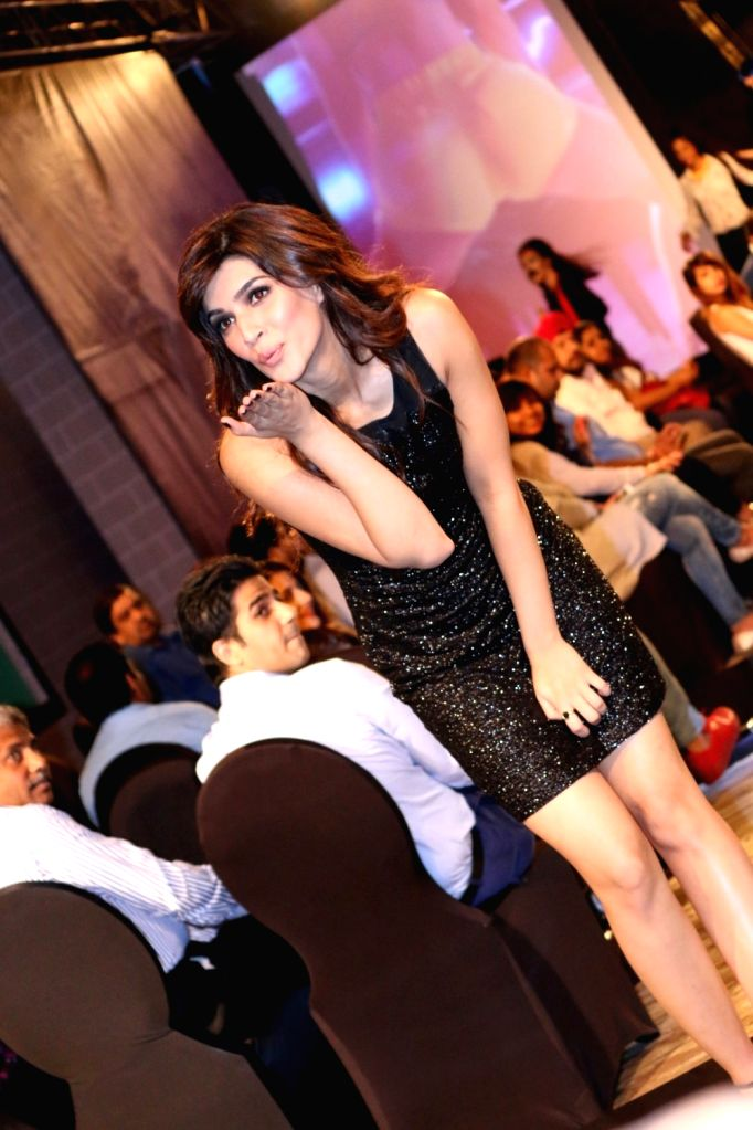 Actress Kriti Sanon during the 3rd celebrity fashion show by Universal Sportsbiz Pvt Ltd (USPL), in Mumbai on Sept 21, 2016. - Kriti Sanon