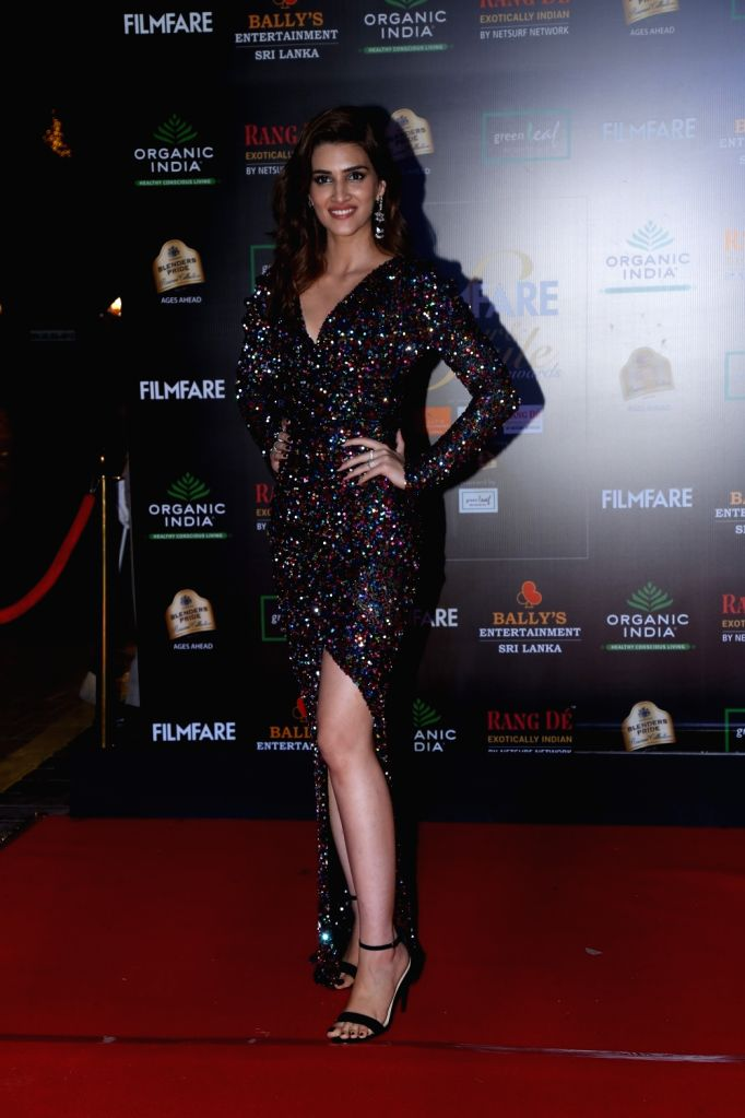 Actress Kriti Sanon on the red carpet of Filmfare Glamour And Style Awards 2019 in Mumbai on Dec 3, 2019. - Kriti Sanon