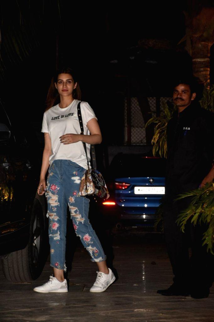 Actress Kriti Sanon seen at the office of Maddock Films in Mumbai's Santacruz on Jan 9, 2020. - Kriti Sanon