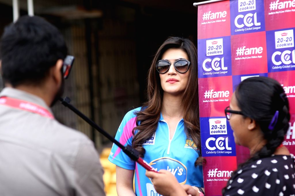 Actress Kriti Sanonduring the Celebrity Cricket League (CCL) match played between Mumbai Heroes vs Punjab De Sher in Bengaluru on Jan 23, 2016. - Kriti Sanonduring