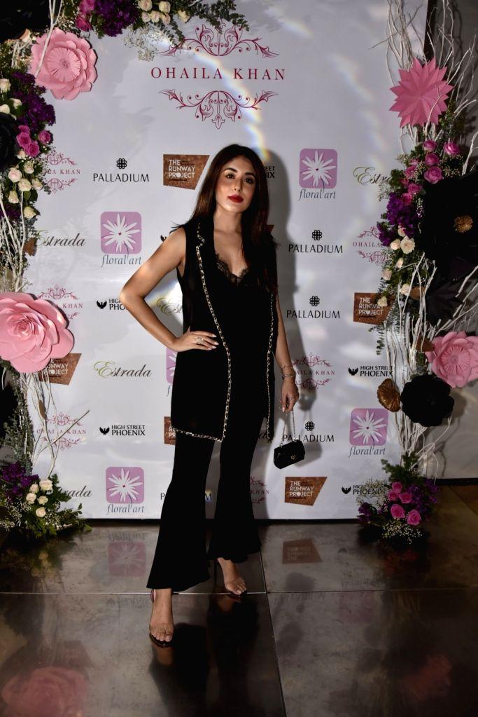 Actress Kritika Kamra at fashion designer Ohaila Khan's collection preview in Mumbai, on Feb 13, 2019. - Kritika Kamra and Ohaila Khan