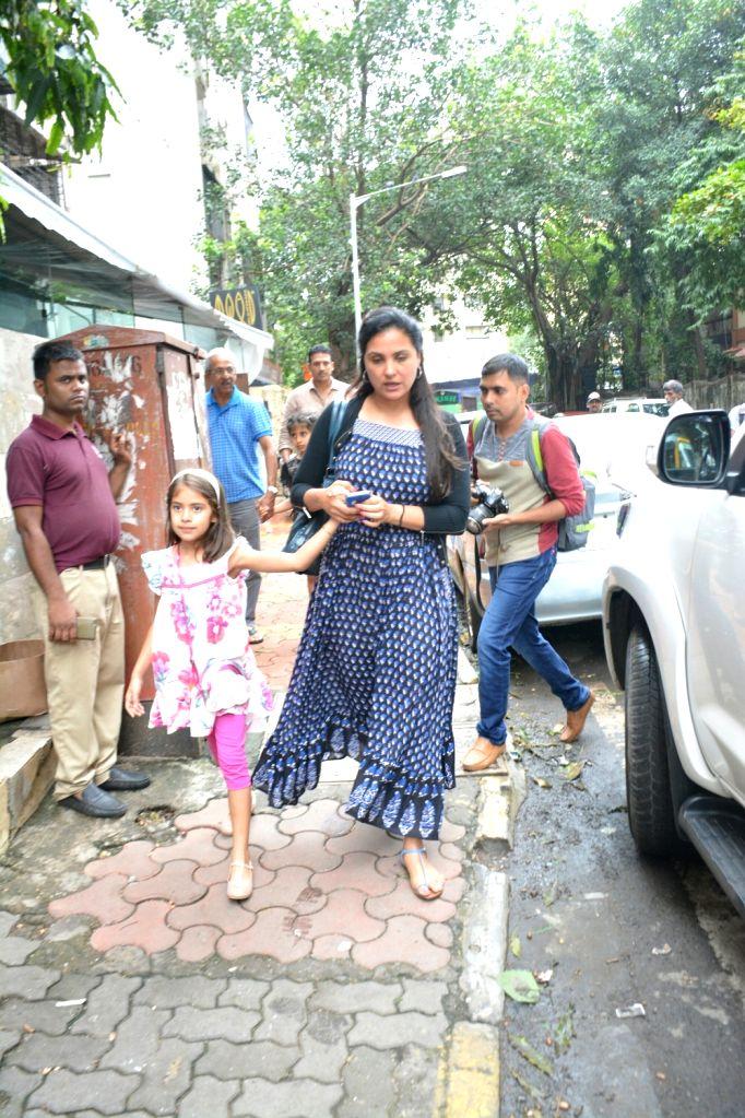 Actress Lara Dutta along with her daughter Saira Bhupathi seen at Mumbai's Bandra on July 22, 2018. - Lara Dutta