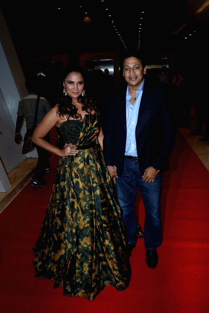 "Actress Lara Dutta along with her husband Mahesh Bhupathi at star studded red carpet of ""Miss Diva Grand Finale"" in Mumbai on Oct 11, 2017. - Lara Dutta and Mahesh Bhupathi"