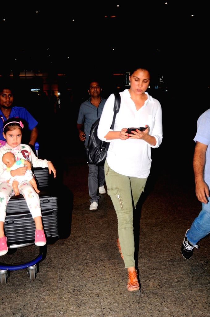 Actress Lara Dutta spotted at the Chhatrapati Shivaji International airport in Mumbai on Sept. 17, 2016. - Lara Dutta
