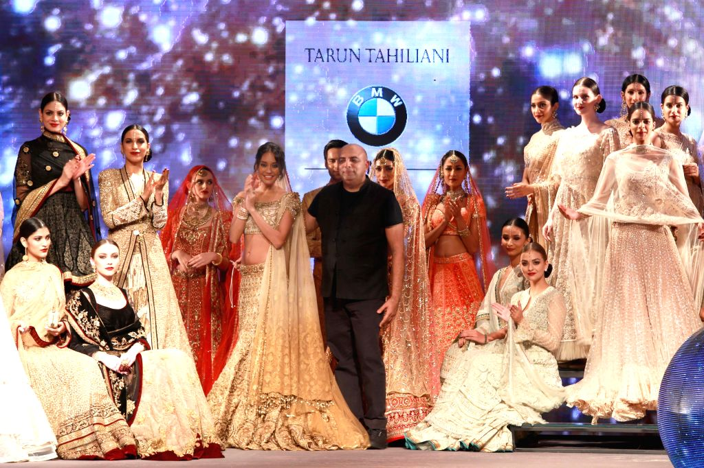 Actress Lisa Haydon during fashion designer Tarun Tahiliani's show at the  BMW India Bridal Fashion Week in New  Delhi on Aug 8, 2015. - Lisa Haydon
