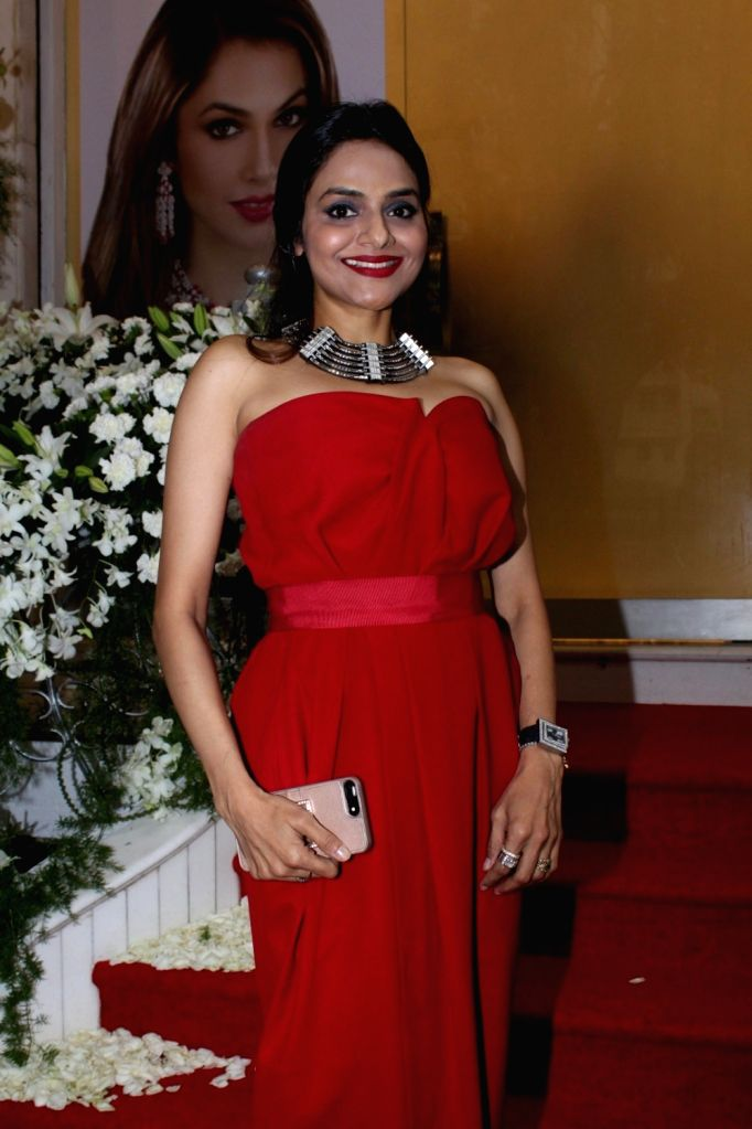 Actress Madhoo Shah during the launch of Jewellery Designer Paulomi Sanghavi's red carpet Collection in Mumbai on Oct 9, 2017. - Madhoo Shah
