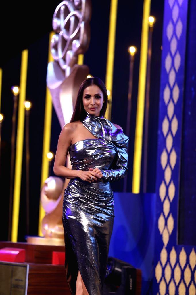Actress Malaika Arora at National Jewellery Award ceremony in Mumbai on Feb 11, 2019. - Malaika Arora