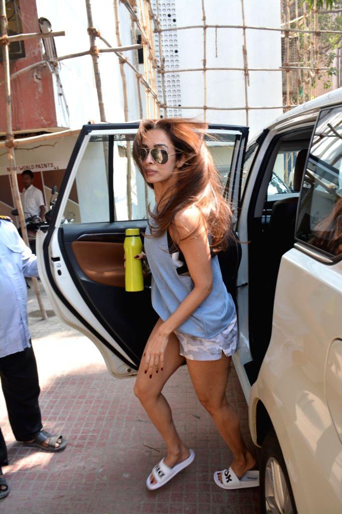 Actress Malaika Arora seen outside a gym, in Mumbai on Jan 10, 2019. - Malaika Arora