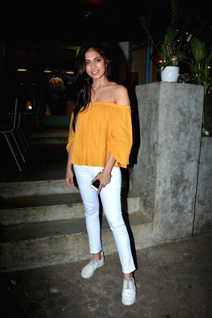 Actress Malavika Mohanan seen at Bandra, Mumbai on Dec 11, 2018. - Malavika Mohanan