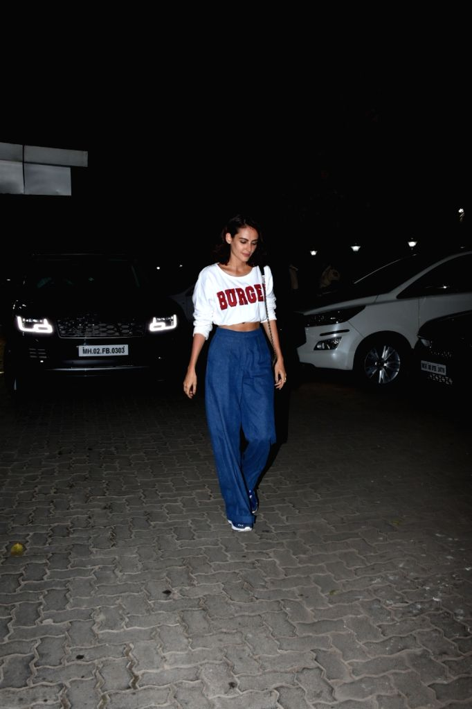 Actress Mandana Karimi seen outside actor Sohail Khan's house in Mumbai, on May 12, 2019. - Mandana Karimi and Sohail Khan
