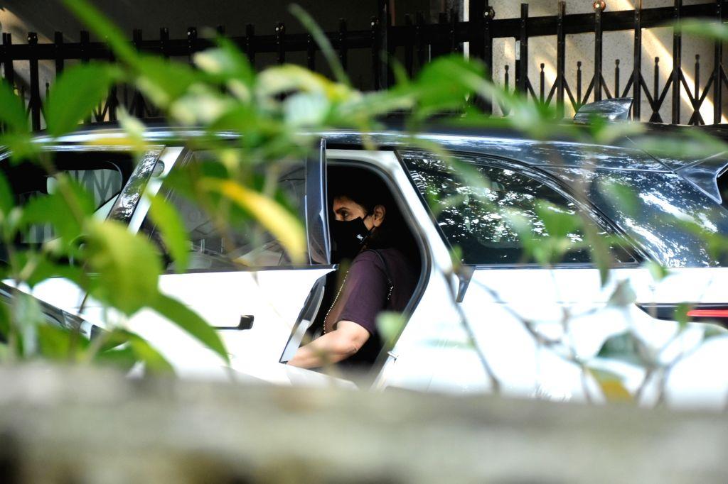 Actress Neetu Kapoor seen at Bandra in Mumbai on Oct 8, 2020. - Neetu Kapoor