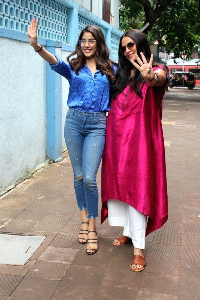 """Actress Neha Dhupia and Janvhi Kapoor before shooting of """"No Filter Neha 4"""" in Mumbai on Oct 26, 2019. - Neha Dhupia and Janvhi Kapoor"""