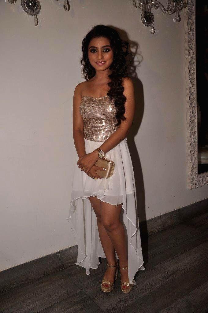 :Actress Neha Marda celebrated her birthday in Mumbai on Sept. 23, 2014. (Photo: IANS).