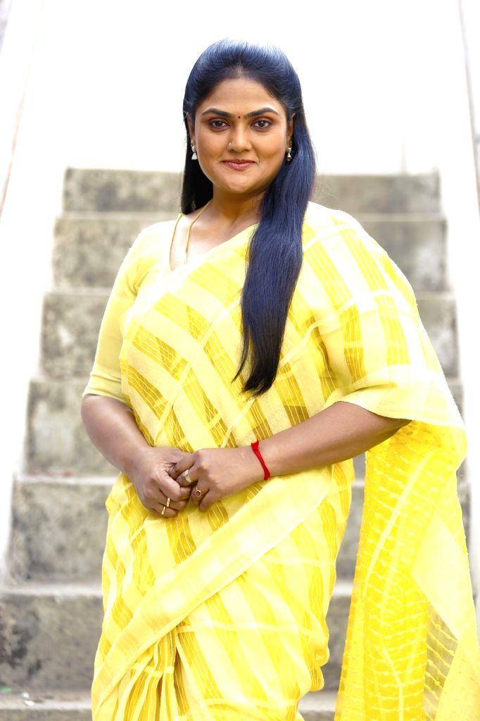 Actress Nirosha comeback after 12 years through Nuvvu Thopu Raa Telugu film. - Nirosha