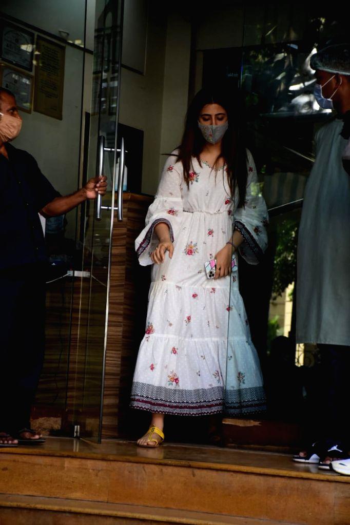 Actress Nupur Sanon seen at a pet clinic at Bandra in Mumbai on Nov 21, 2020. - Nupur Sanon