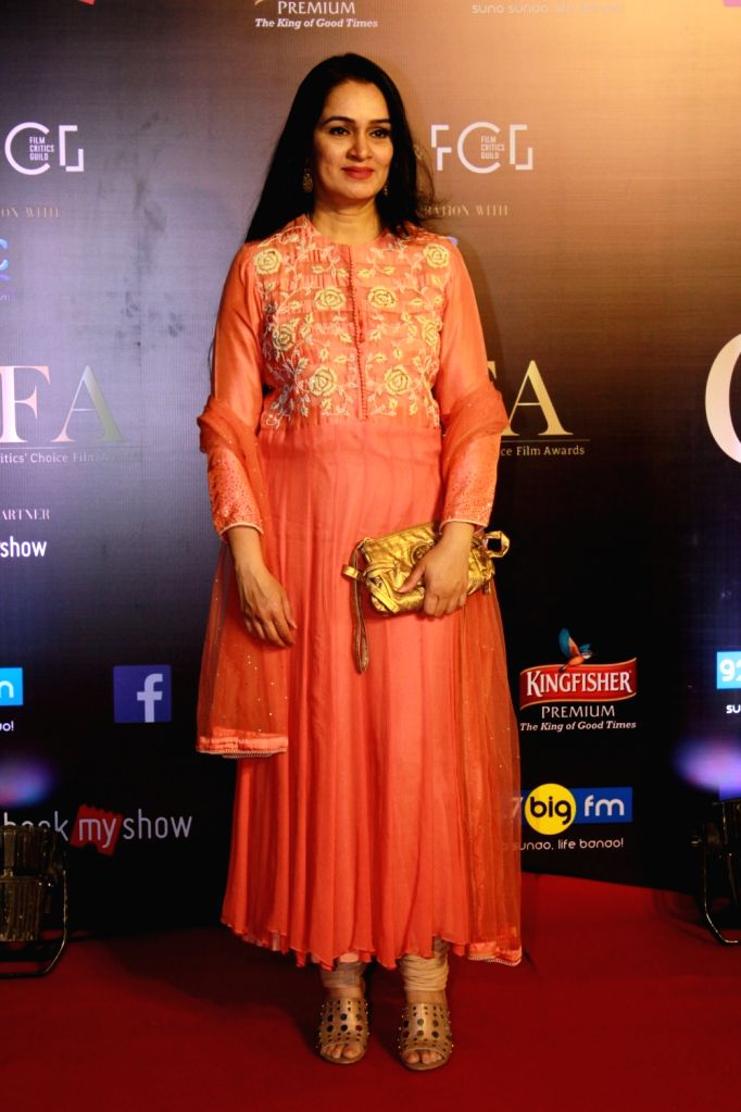 Actress Padmini Kolhapure on the red carpet of Critics' Choice Film Awards 2019, in Mumbai, on April 21, 2019. - Padmini Kolhapure