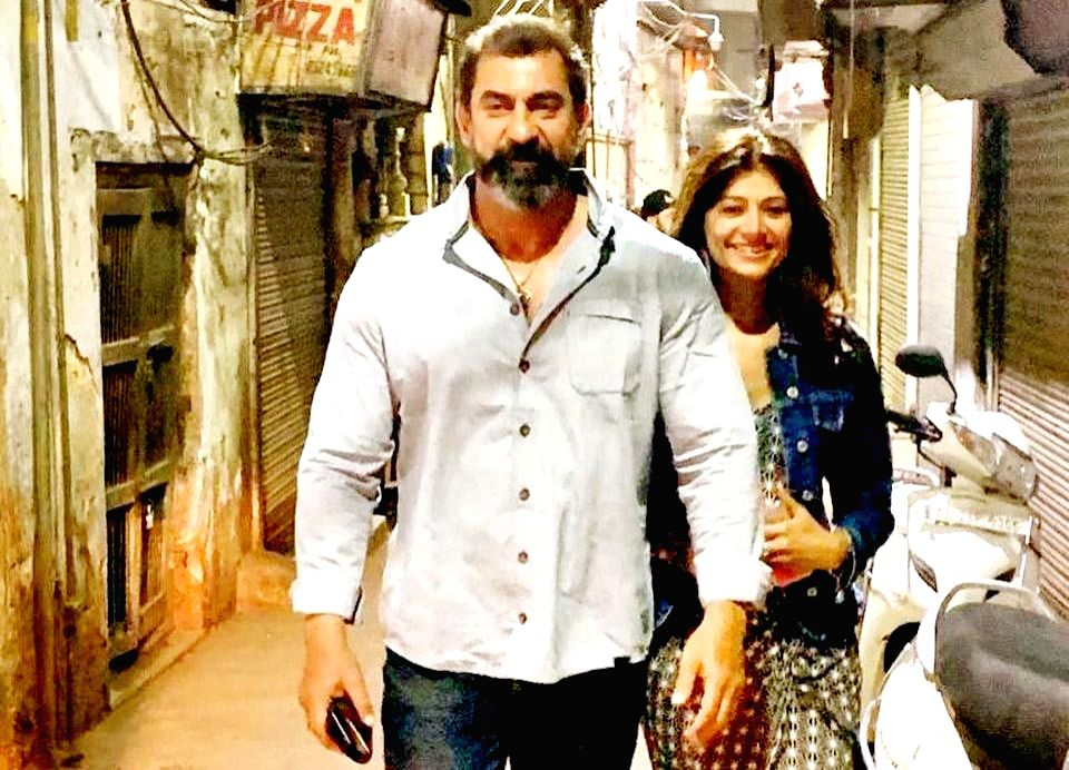 """Actress Pooja Batra, who is known for her roles in the nineties hits such as """"Haseena Maan Jaayegi"""", """"Nayak"""" and """"Virasat"""", has reportedly married actor Nawab Shah. Although the actors have not officialy confirmed the rumours, photographs and videos  - Pooja Batra and Shah"""
