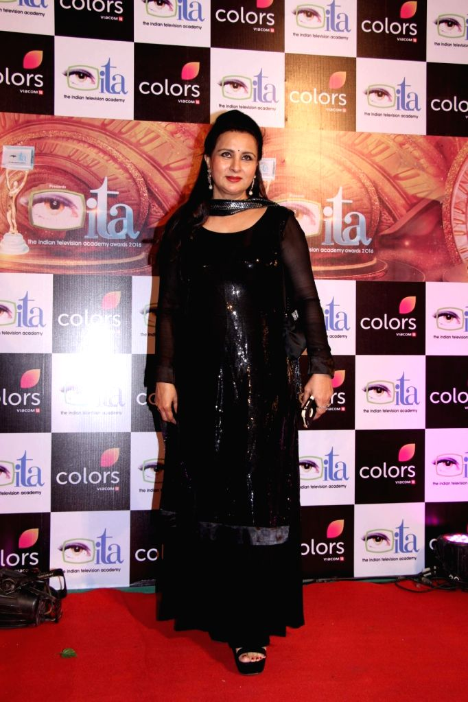 Actress Poonam Dhillon during the 16th Indian Television Academy (ITA) Awards 2016 in Mumbai on Nov 13, 2016. - Poonam Dhillon