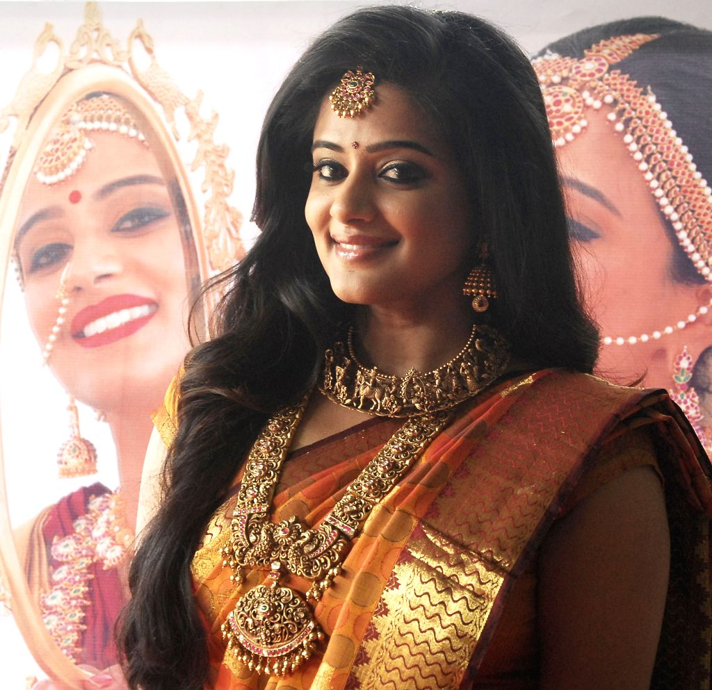 Actress Priyamani during a programme in Bengaluru, on Oct 26, 2015.