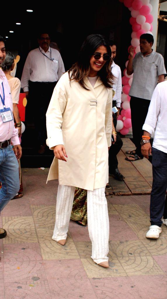 Actress Priyanka Chopra Jonas casts her vote for the 2019 Lok Sabha Elections at Versova polling booth in Mumbai, on April 29, 2019. - Priyanka Chopra Jonas