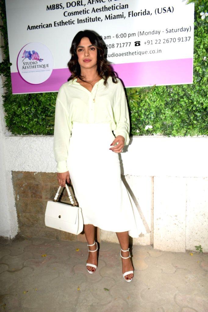 Actress Priyanka Chopra seen at the inauguration of her mother Madhu Chopra's clinic in Juhu, Mumbai on April 29, 2019. - Priyanka Chopra and Madhu Chopra