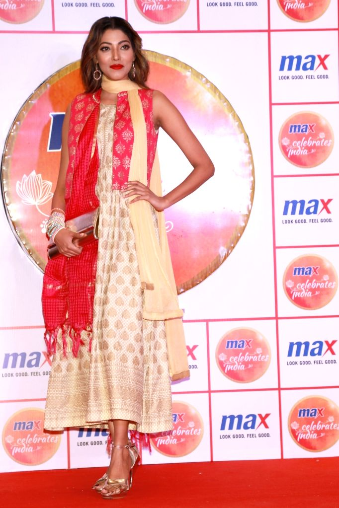 Actress Radhika Apte during the unveiling of Max`s Festive Collection 2016, in Noida on Oct 5, 2016. - Radhika Apte
