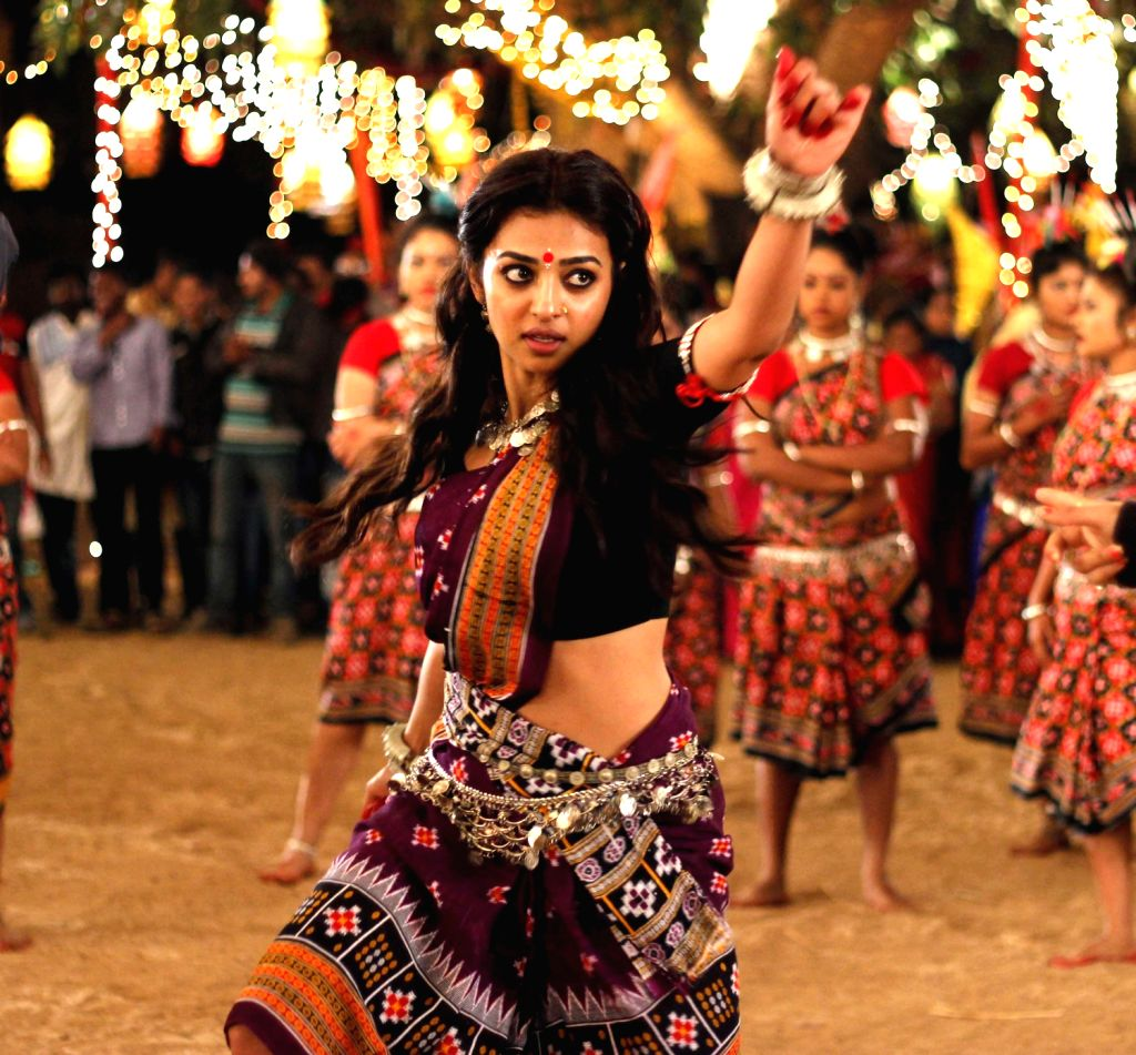 Actress Radhika Apte shooting on the sets of upcoming Hindi film titled ``Kaun Hai Kitne Paani Mein`` in the outskirt of Bhubaneswar on Dec.13, 2013. - Radhika Apte
