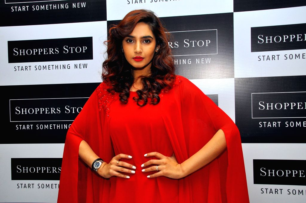 Actress Ragini Dwivedi at the inauguration of Shoppers Stop's new store in Bengaluru on Oct 21, 2016. - Ragini Dwivedi