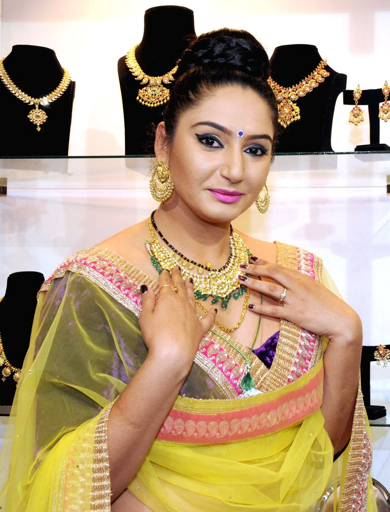 Actress Ragini Dwivedi during the inauguration of the Grand Asia Jewels Fair in Bangalore on Aug 31, 2014. - Ragini Dwivedi