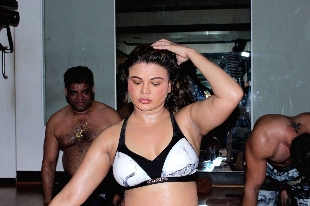 Actress Rakhi Sawant Celebrating World Yoga Interational Day in Mumbai, on June 20, 2017. - Rakhi Sawant Celebrating World Yoga Interational Day