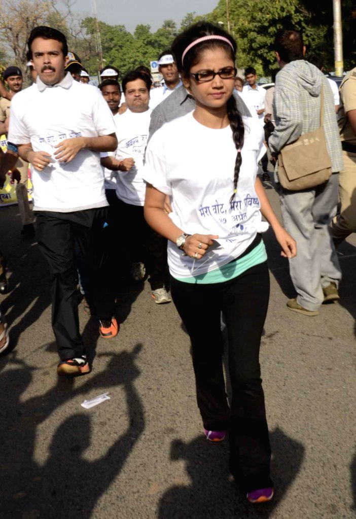 Actress Ratan Rajput during a voter awarness programm in Patna on April 12, 2014.