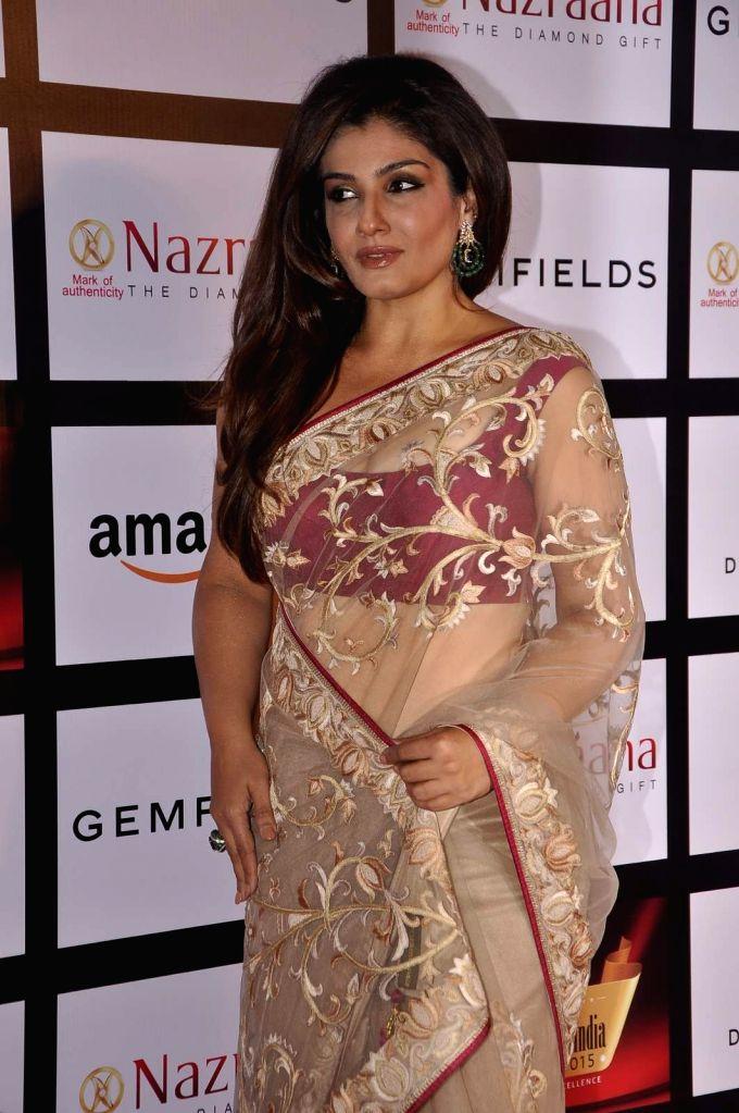 Actress Raveena Tandon during the Gemfields and Nazraana Retail Jeweller India Awards 2015, in Mumbai, 2015. - Raveena Tandon